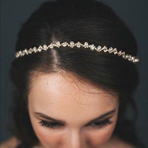 Rhinestone Bridal Hairpiece (silver)